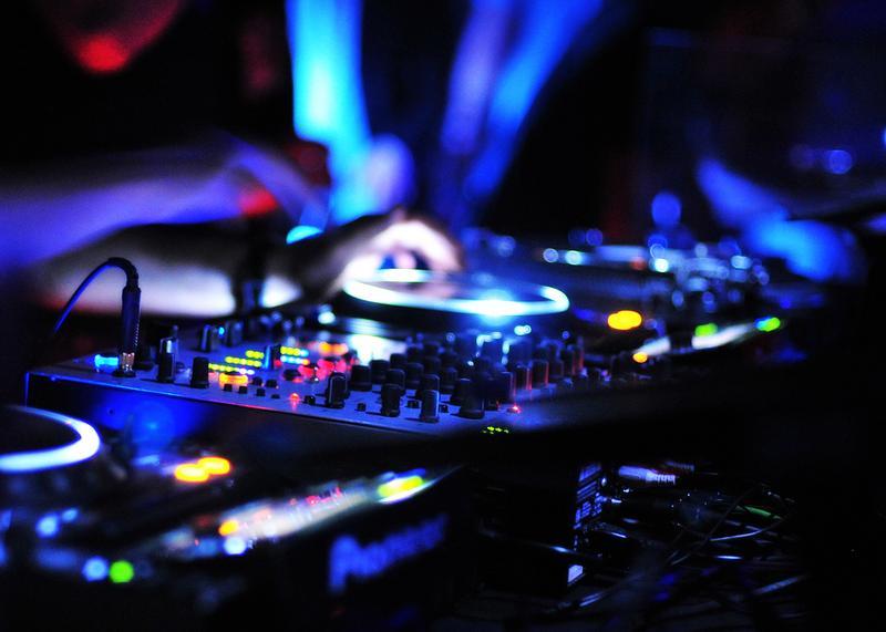 professional disc jockey dj service